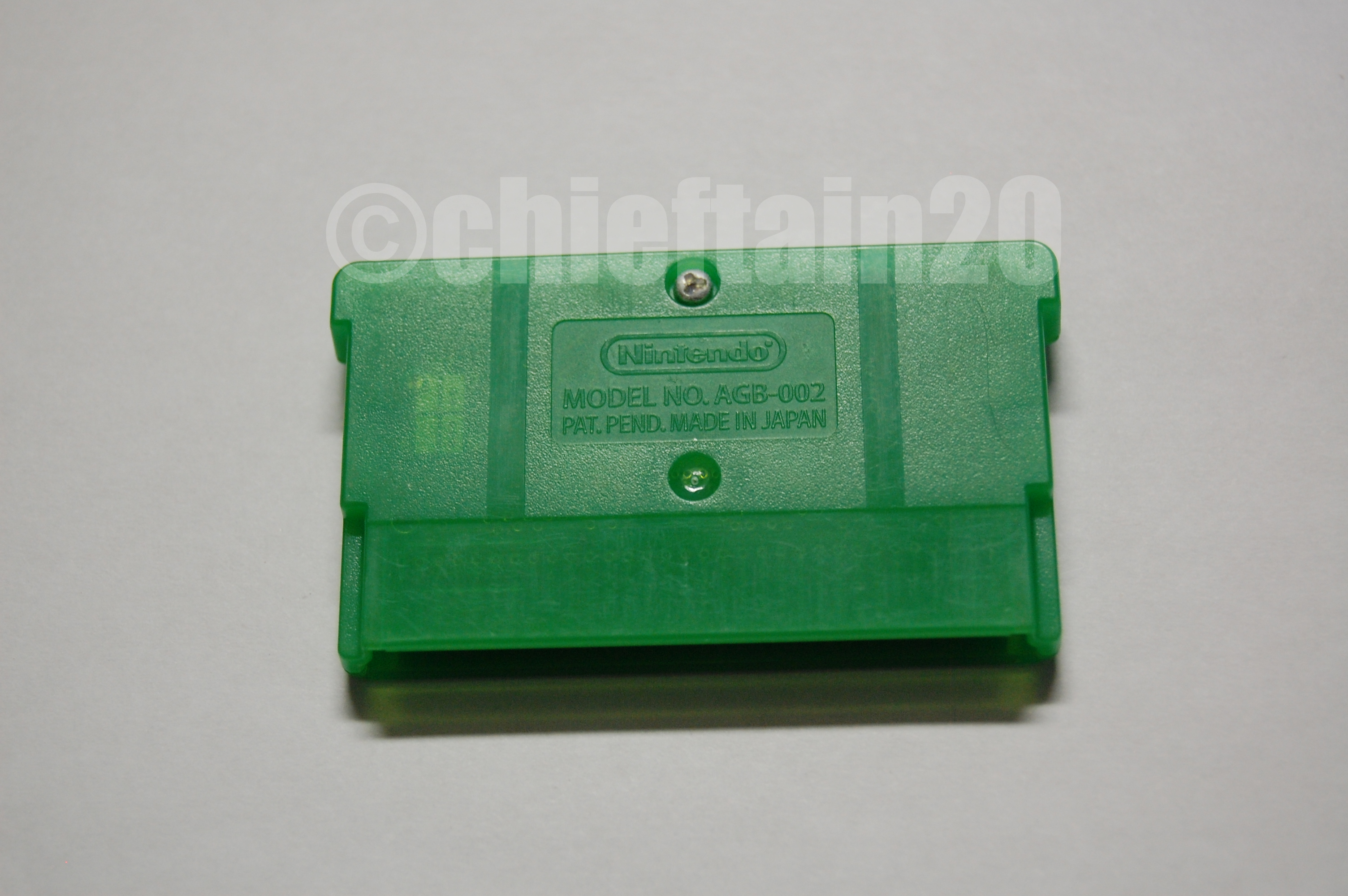 pokemon emerald cartridge